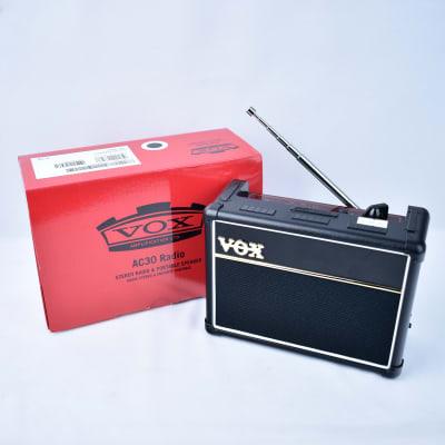 Vox AC30 Radio AM/FM Portable Speaker