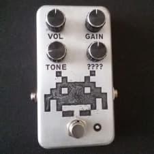 .PSHC pdls. Invader   Guitar/ Bass 8bit  fuzz
