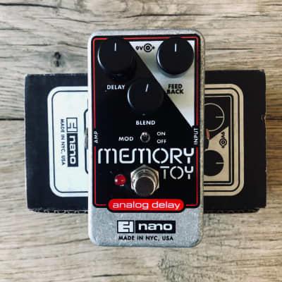Electro-Harmonix Memory Toy Delay with Box