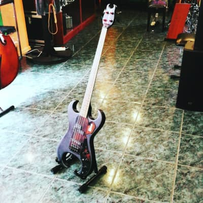 Burns Scorpion Bass 2000' black for sale