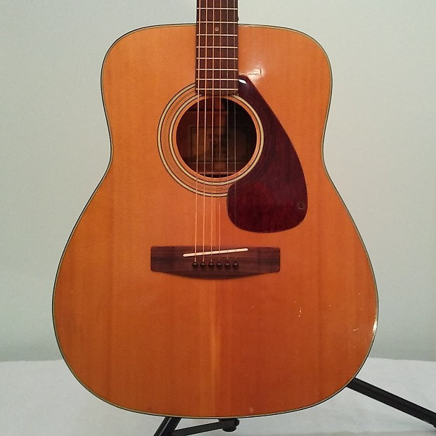 Dating yamaha acoustic guitars Dating Wasser