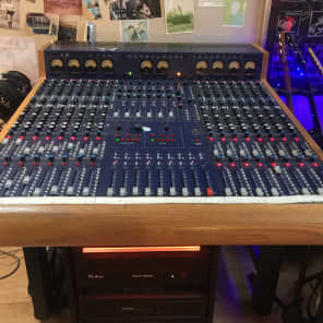 TL Audio VTC 16-Channel 8-Bus Inline Tube Console