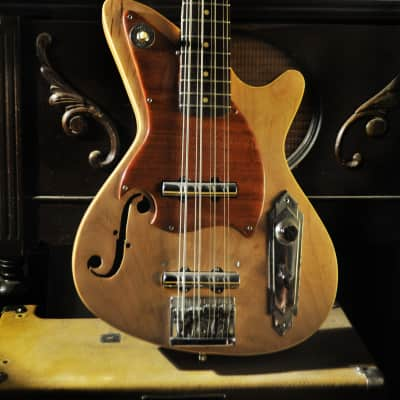 Postal Hand Made Dixie Flyer 8 String Octave Bass 34