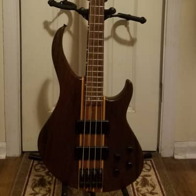 Peavey Grind Bass 4 OHSC Excellent