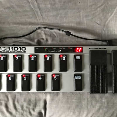 Behringer FCB1010 MIDI Foot Controller Pedal with EurekaPROM