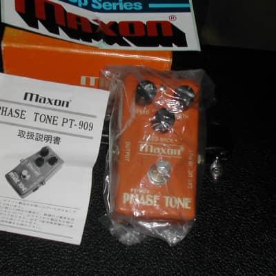 Maxon PT 909 79 Orange w/box,manual and sticker