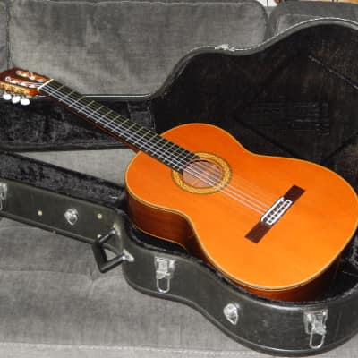 MADE IN 1987 - TAKAMINE No6 - THE BEST IN ITS CLASS - CLASSICAL CONCERT GUITAR