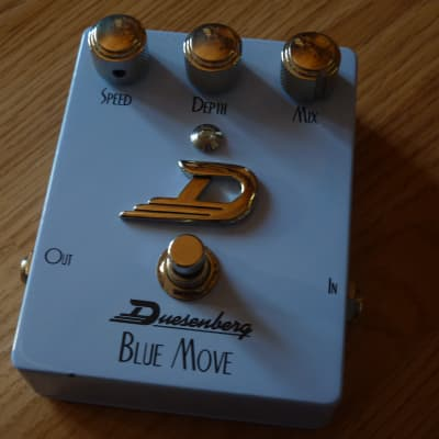 Duesenberg DPE-BM Blue Move Analog Chorus for sale