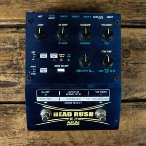 Akai E2 Headrush Delay/Looper
