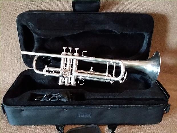 couesnon paris monopole professional trumpet in excellent reverb. Black Bedroom Furniture Sets. Home Design Ideas
