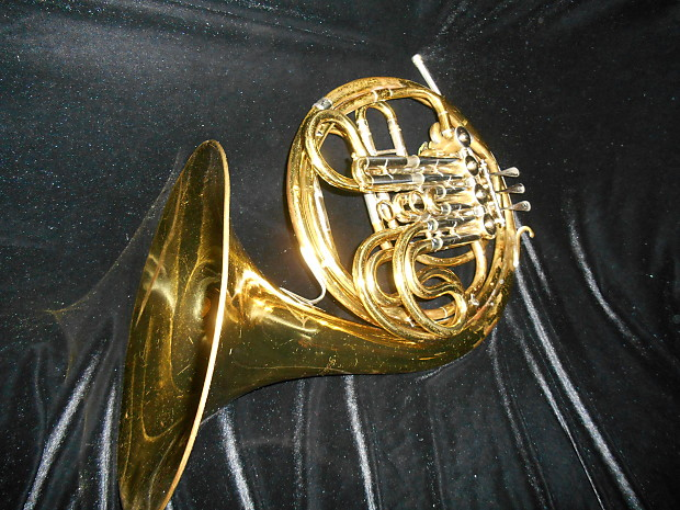 holton french horn serial number list