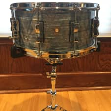 """Ludwig Classic Maple LS40352 14"""" x 6.5"""" Snare Drum Sky Blue"""