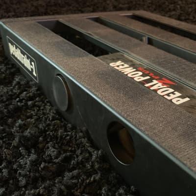 Pedaltrain PT-2 with Hardcase, and Truetone 1 Spot Pro CS12   Reverb