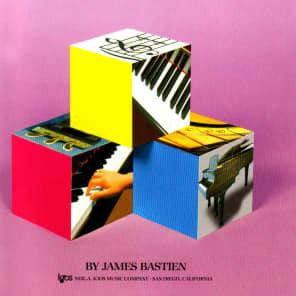 Neil A Kjos Music Company WP201 Bastien Piano Basics (Level 1)