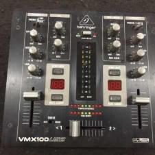 Behringer VMX 100 USB 2000's Black