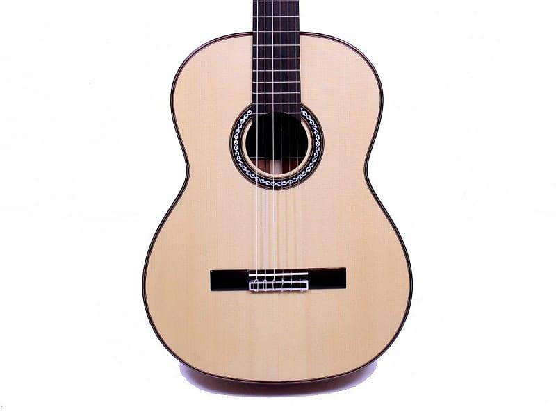 c8aa2e4b2 Cordoba C9 SP MH Acoustic Nylon String Classical Guitar w