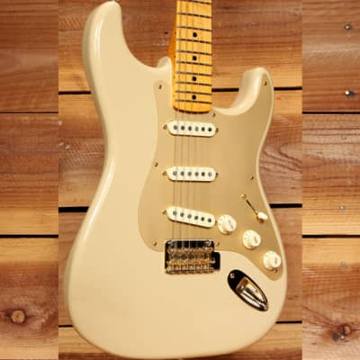 FENDER 50s Classic Player STRATOCASTER Nitro V-Neck Strat 60th Anni 08473 for sale