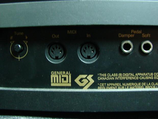 roland ep 75 76 key digital keyboard w sustain pedal reverb. Black Bedroom Furniture Sets. Home Design Ideas