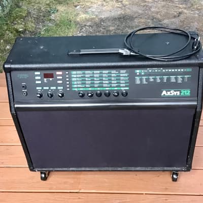 Line 6 AxSys 212 W/ Floorboard and cables