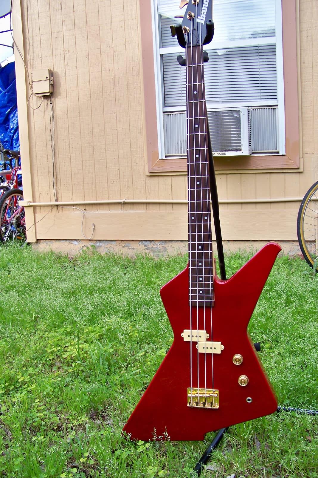 ibanez destroyer dtb 100 explorer style bass guitar reverb. Black Bedroom Furniture Sets. Home Design Ideas
