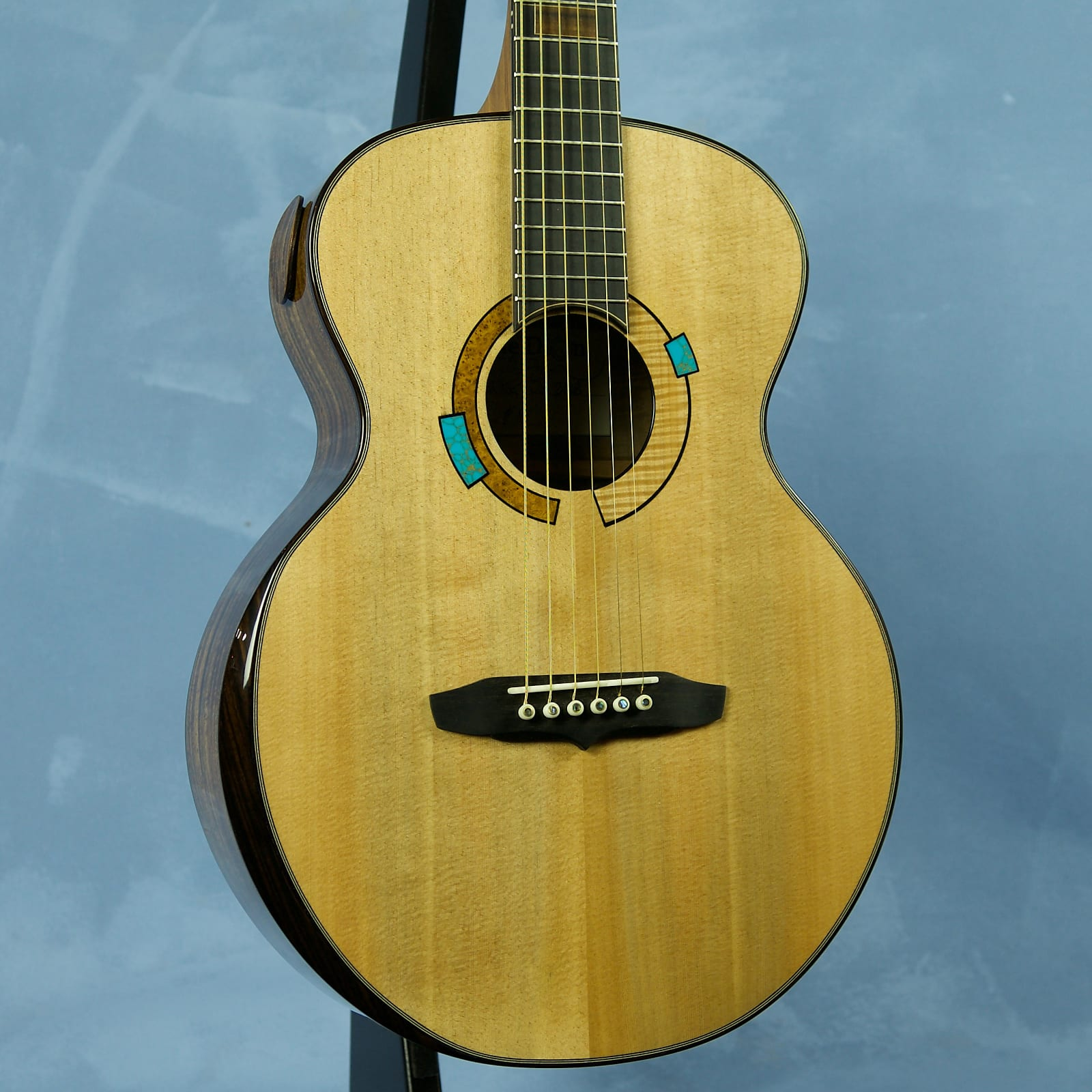 Lutherie Dion Orchestra Model