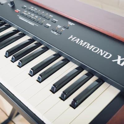 Hammond XK-1 Organ keyboard synthesizer in near mint condition