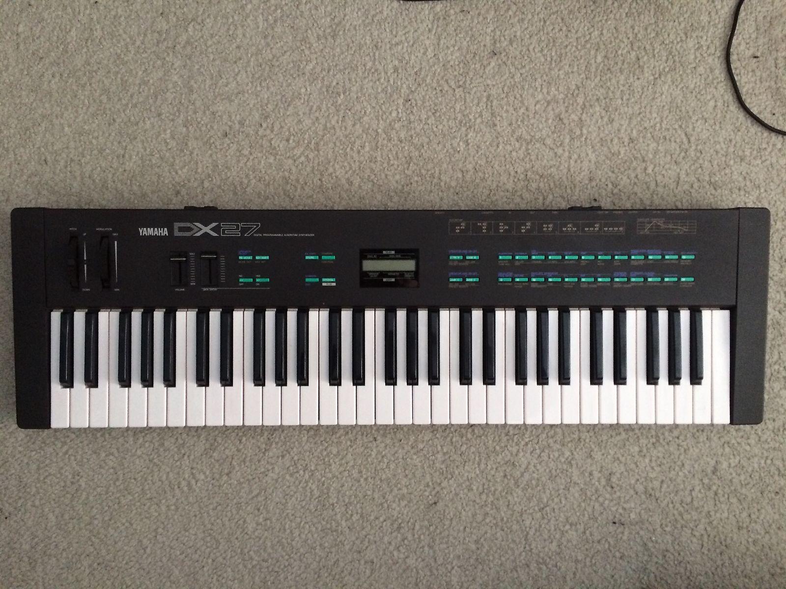 Yamaha DX21,27 keys