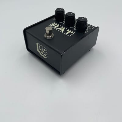 SUMMER SALE// VINTAGE COLLECTORS GEM 1987 ProCo RAT 2 LM308 Chip (Flat Box)