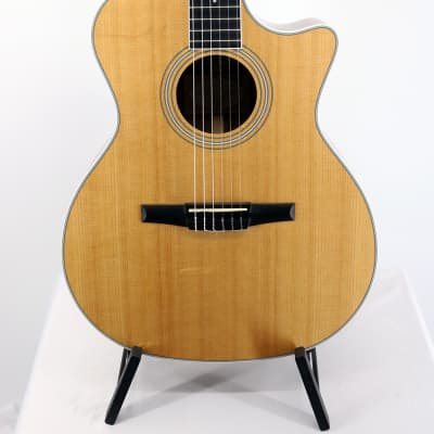 Taylor 414ce-N Acoustic/Electric Nylon String Guitar - 2016 Old Stock Display Model w/ Case