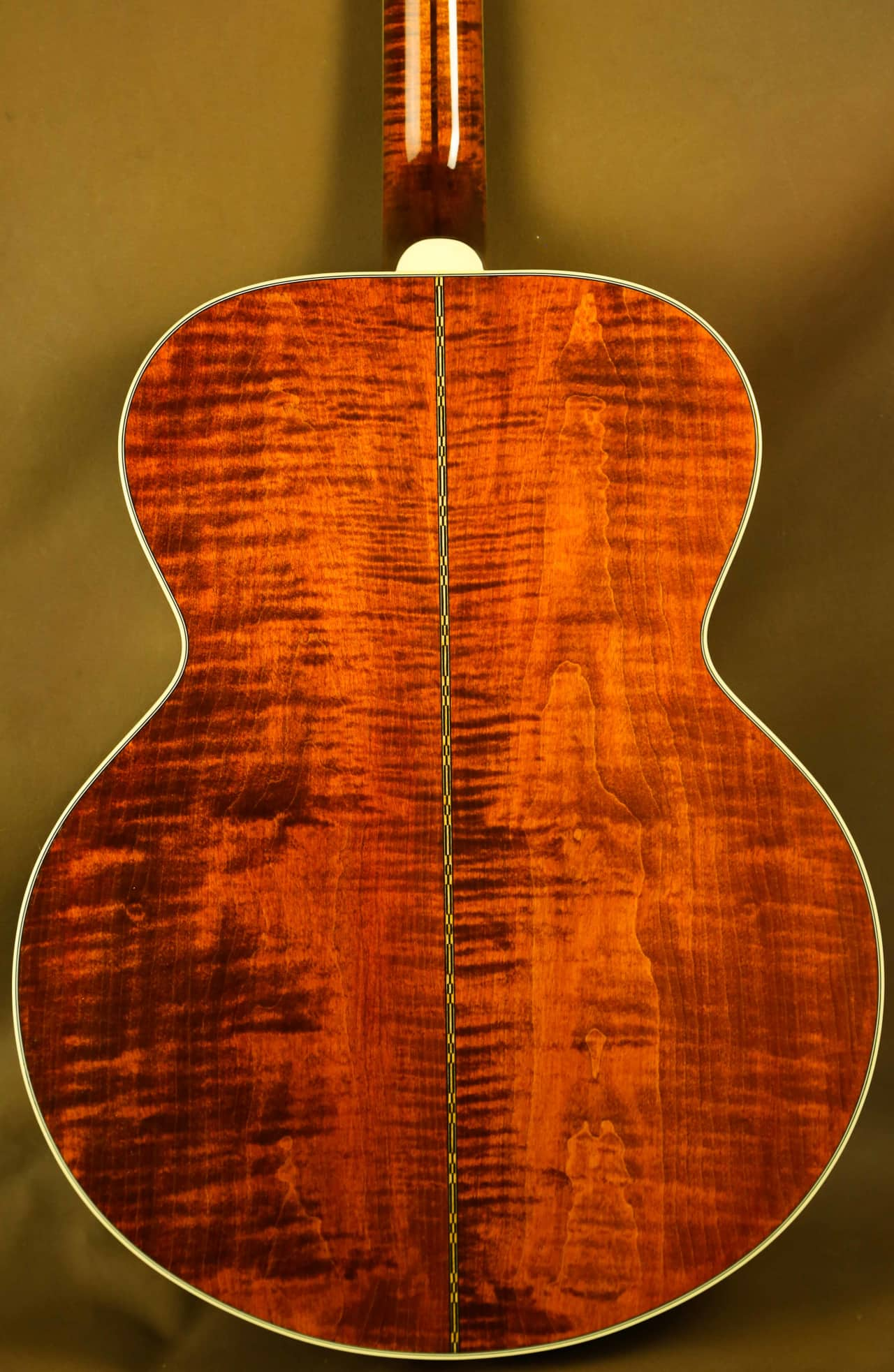 Gibson SJ 200 Custom Red Mahogany Stain Maple Acoustic Guitar