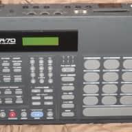 Roland R70