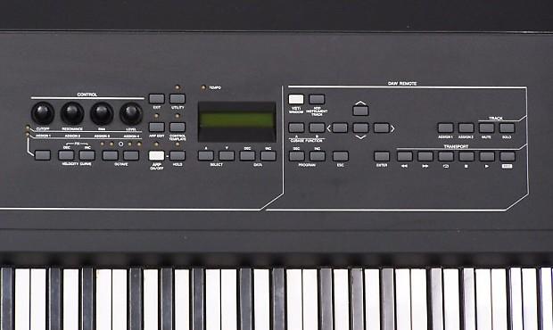 Yamaha kx8 usb keyboard studio 88 weighted key midi reverb for Yamaha midi controller keyboard