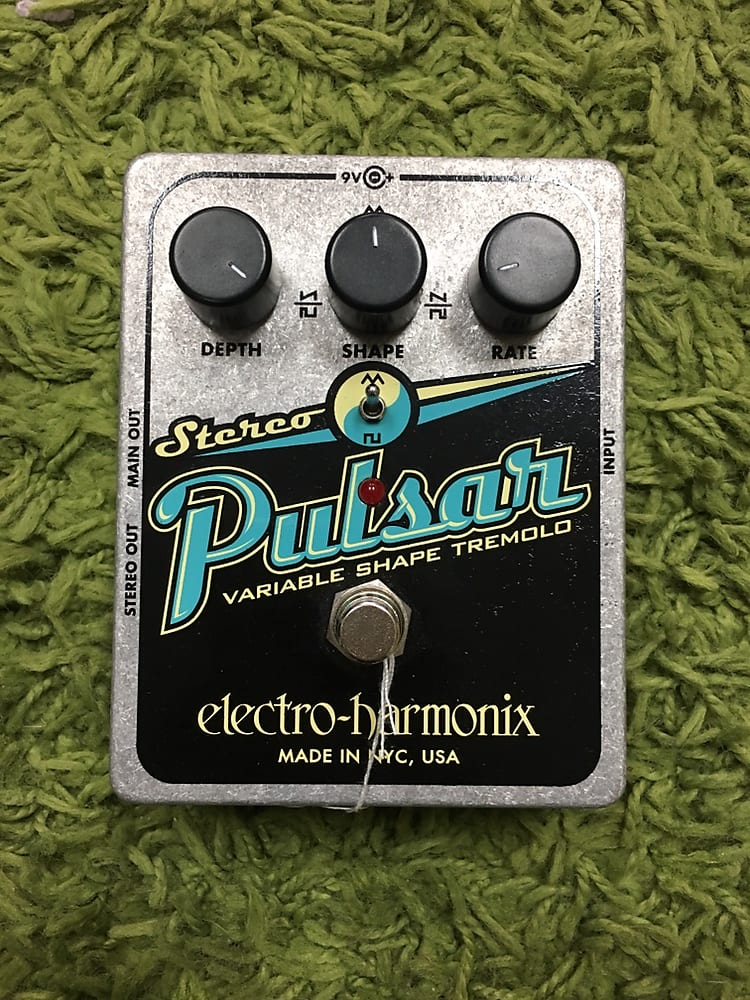 Electro-Harmonix Stereo Pulsar Tremolo