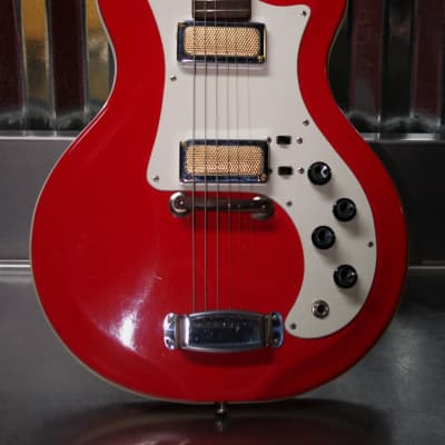 Airline Res-o-glass Single Cutaway 1965 Red by VALCO. Extremely Rare Model. Collector Piece. for sale