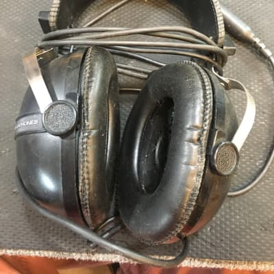 Pioneer SE-205 Stereo Headphones
