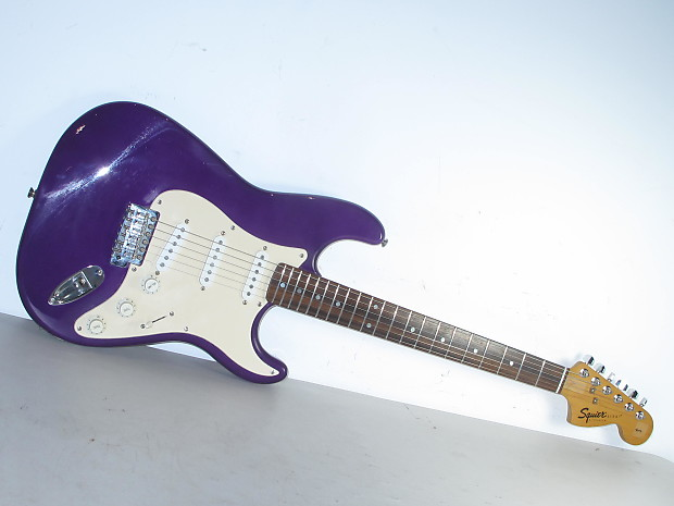 fender squier strat electric guitar purple reverb. Black Bedroom Furniture Sets. Home Design Ideas