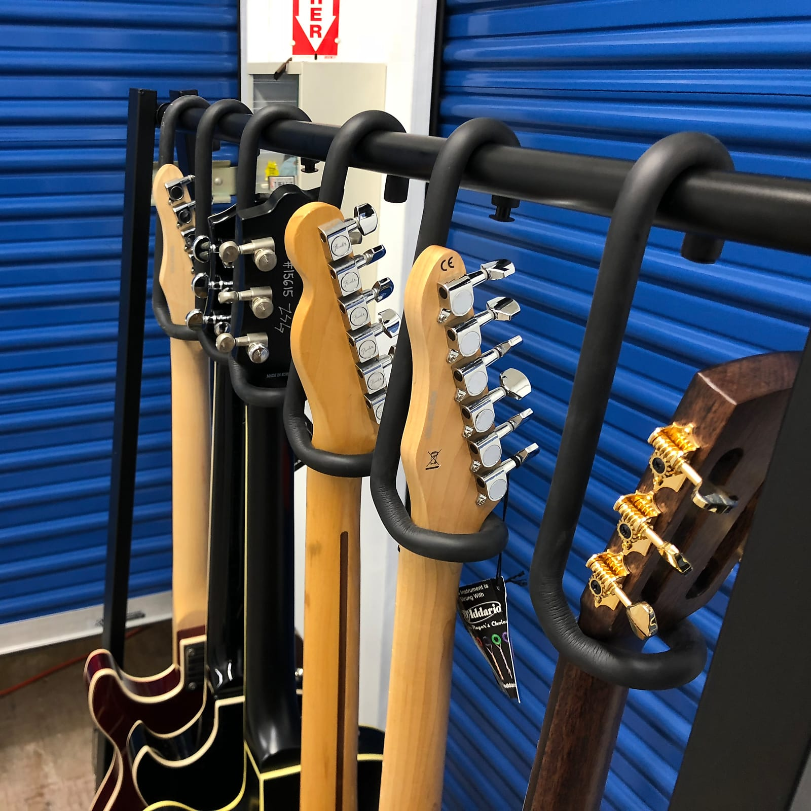 Bootlegger Guitar  Guitar Bar Hanger Rack System  Guitar Display with 4 Hangers