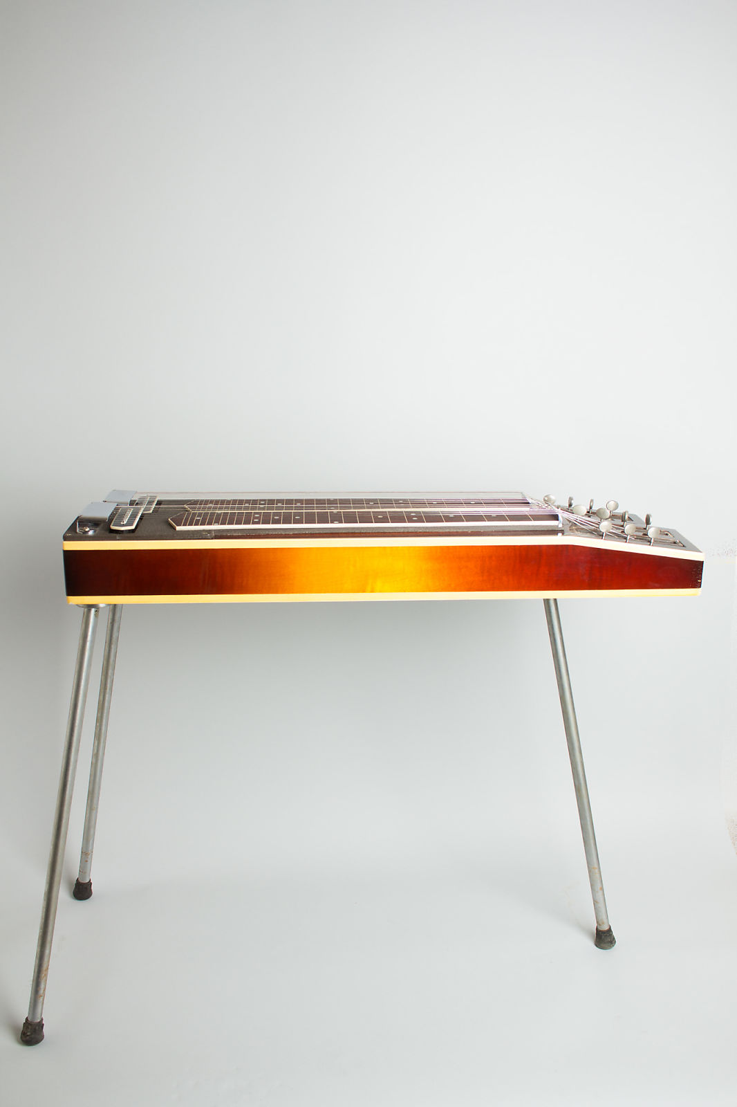 Gibson  Console Grand High Steel Electric Guitar (1940), ser. #F1552-6, original tweed hard shell case.