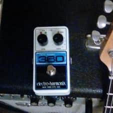 Electro-Harmonix looper 360 White/blue
