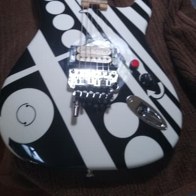 EVH  Crop Circle,S White With Crop Circles for sale