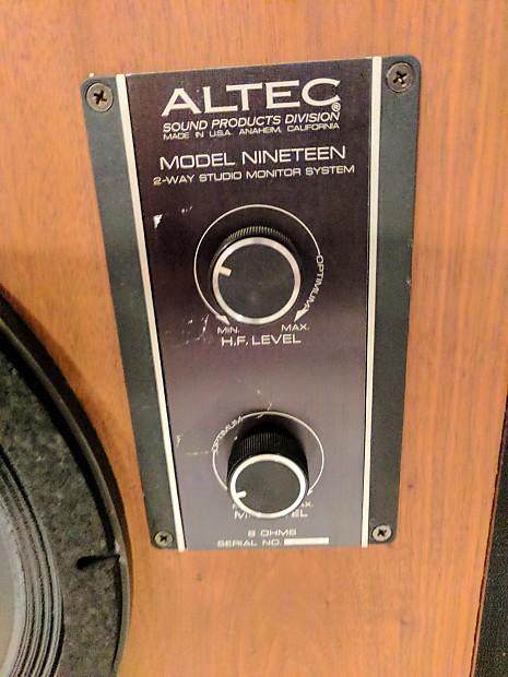 Altec Model 19 (Bob Ludwig mastering speakers)