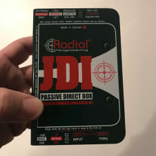 Radial Engineering  JDI Passive Direct Box, DI