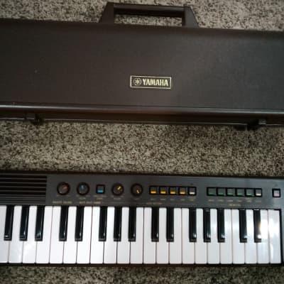 Vintage Yamaha PortaSound PS-2 Synthesizer