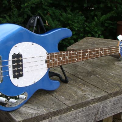 OLP MM2 4-string Stingray Bass Metallic Blue for sale