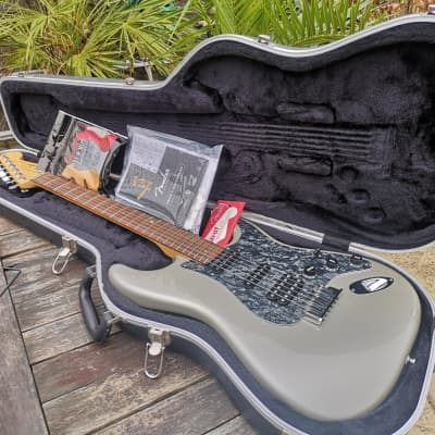 Fender American Deluxe Fat Stratocaster HSS with Maple Fretboard 2004 - 2010 Chrome Silver for sale