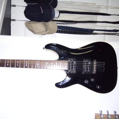 Schecter Omen-6 LH (Left-Handed) Gloss Black for sale