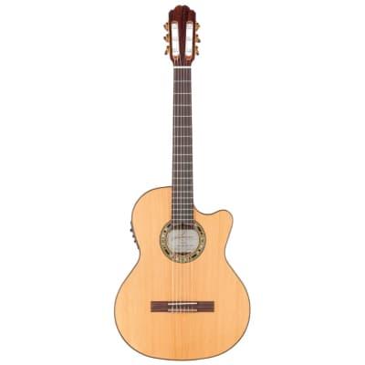 Kremona Verea Solid Red Cedar Top Classical Guitar