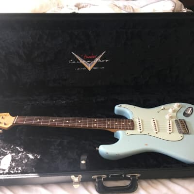 USED Fender 59 limited edition custom shop relic stratocaster 2006 sonic blue