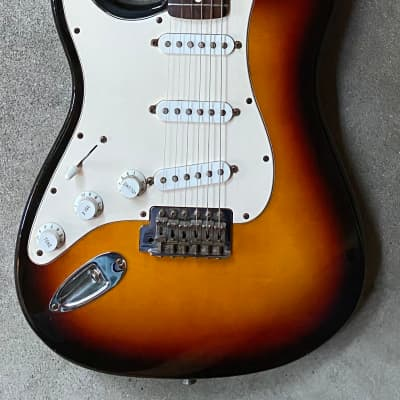 2002 Fender Standard Stratocaster Sunburst Left Hand LH Lefty for sale