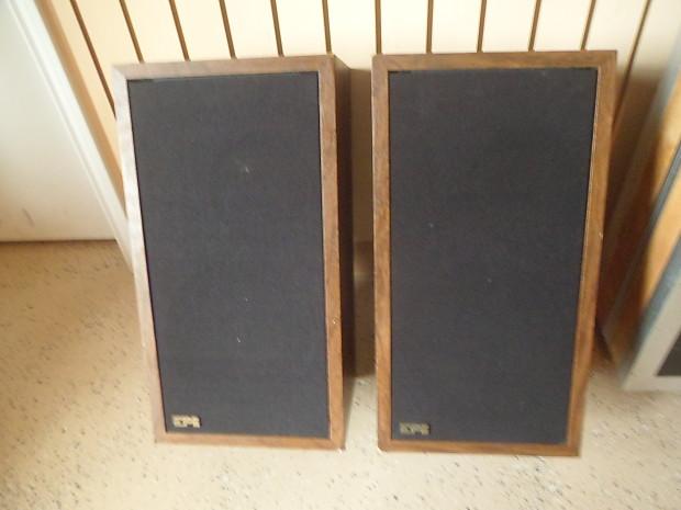 EPI 100V vintage 2-way Bookshelf Speaker Pair